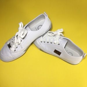 G by GUESS  WOMEN Shoes SNEAKERS  size 7 1/2